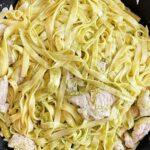 Bild von selbst gemachter Pasta mit Hähnchen und Spargel und mit selbst gemachter Pesto